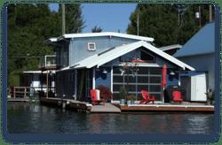 Floating House for sale Boatim